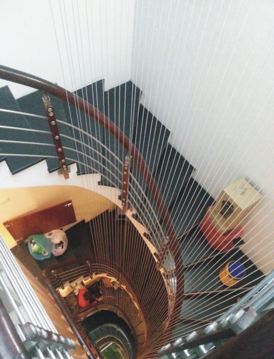 Lưới an toàn cầu thang tại quảng ninh